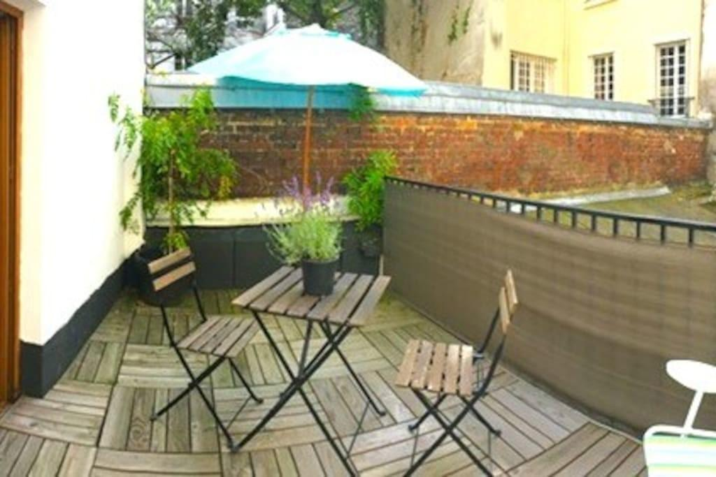 Small Charming Duplex Great Terrace Apartments