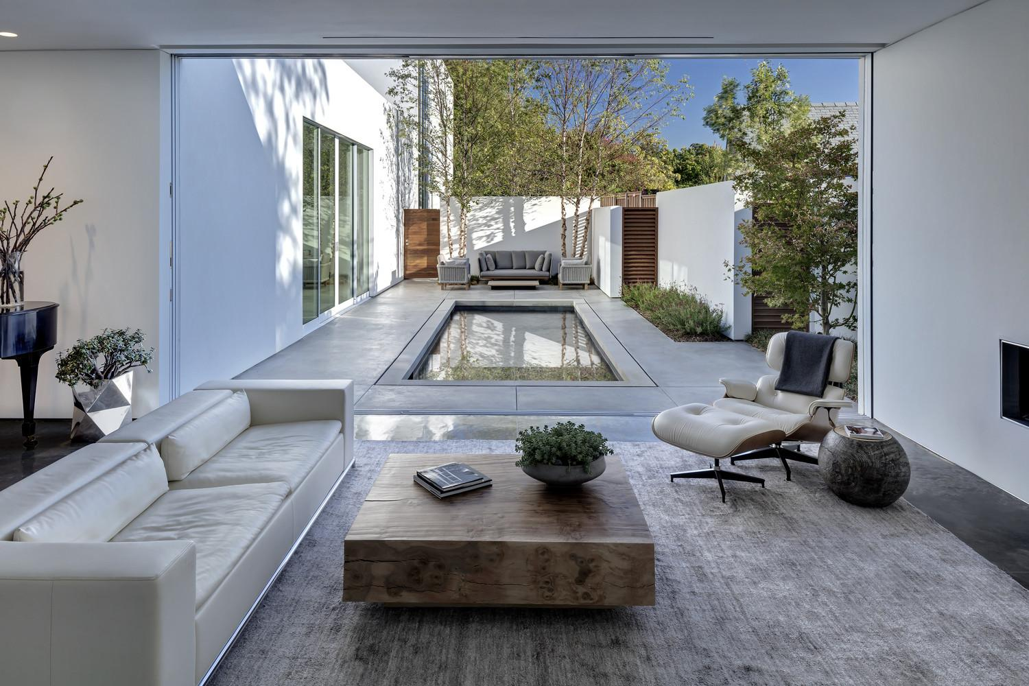 Small Courtyard Swimming Pool Home