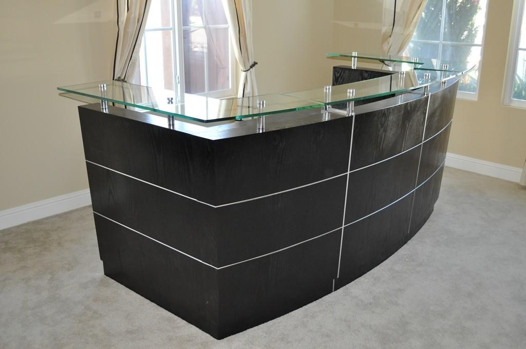 Small Curved Reception Desk High End