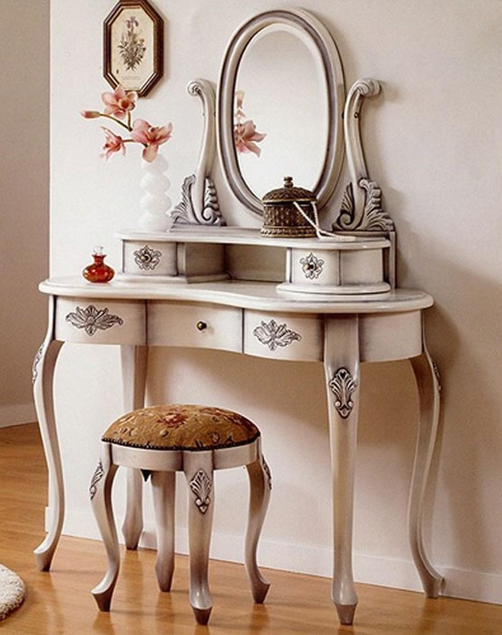 Small Dressing Table Mirror Stool Well