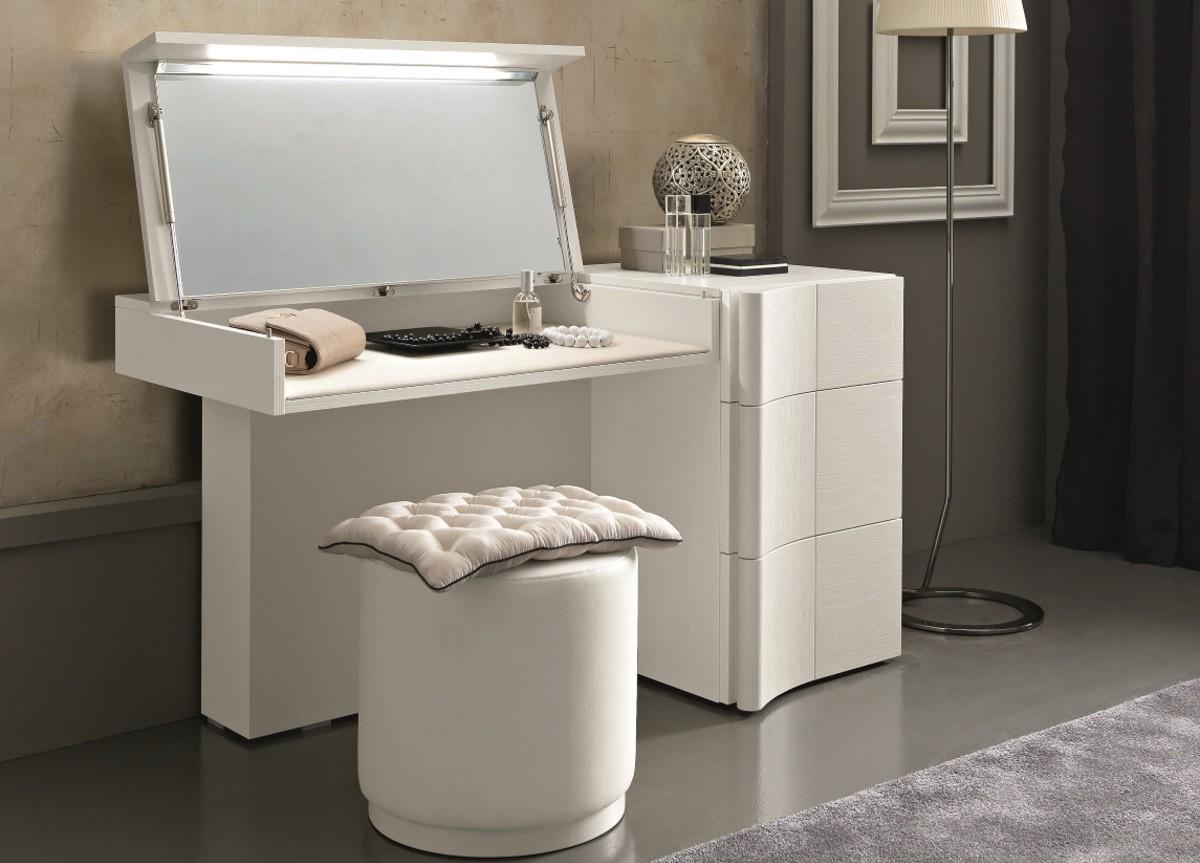 Small Makeup Vanity Bedroom Large
