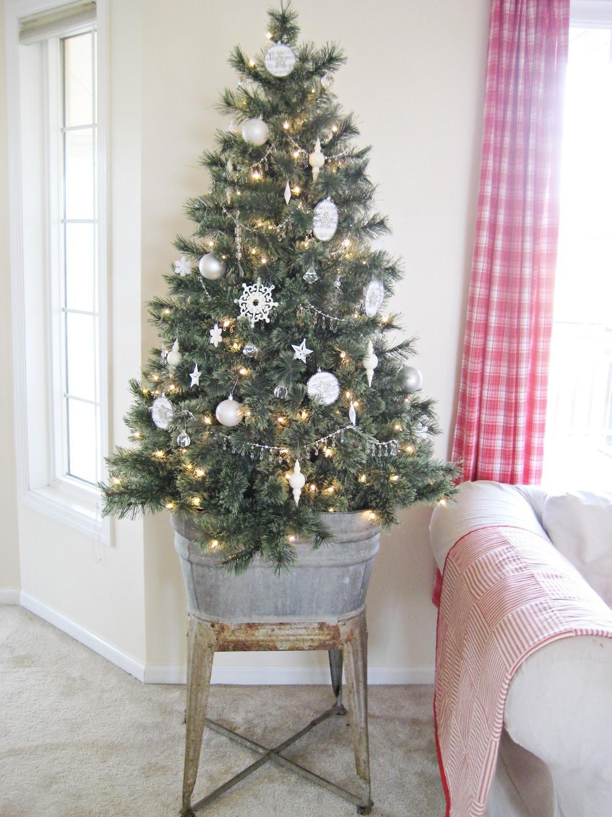 Small Space Holiday Decor Decorating Spaces