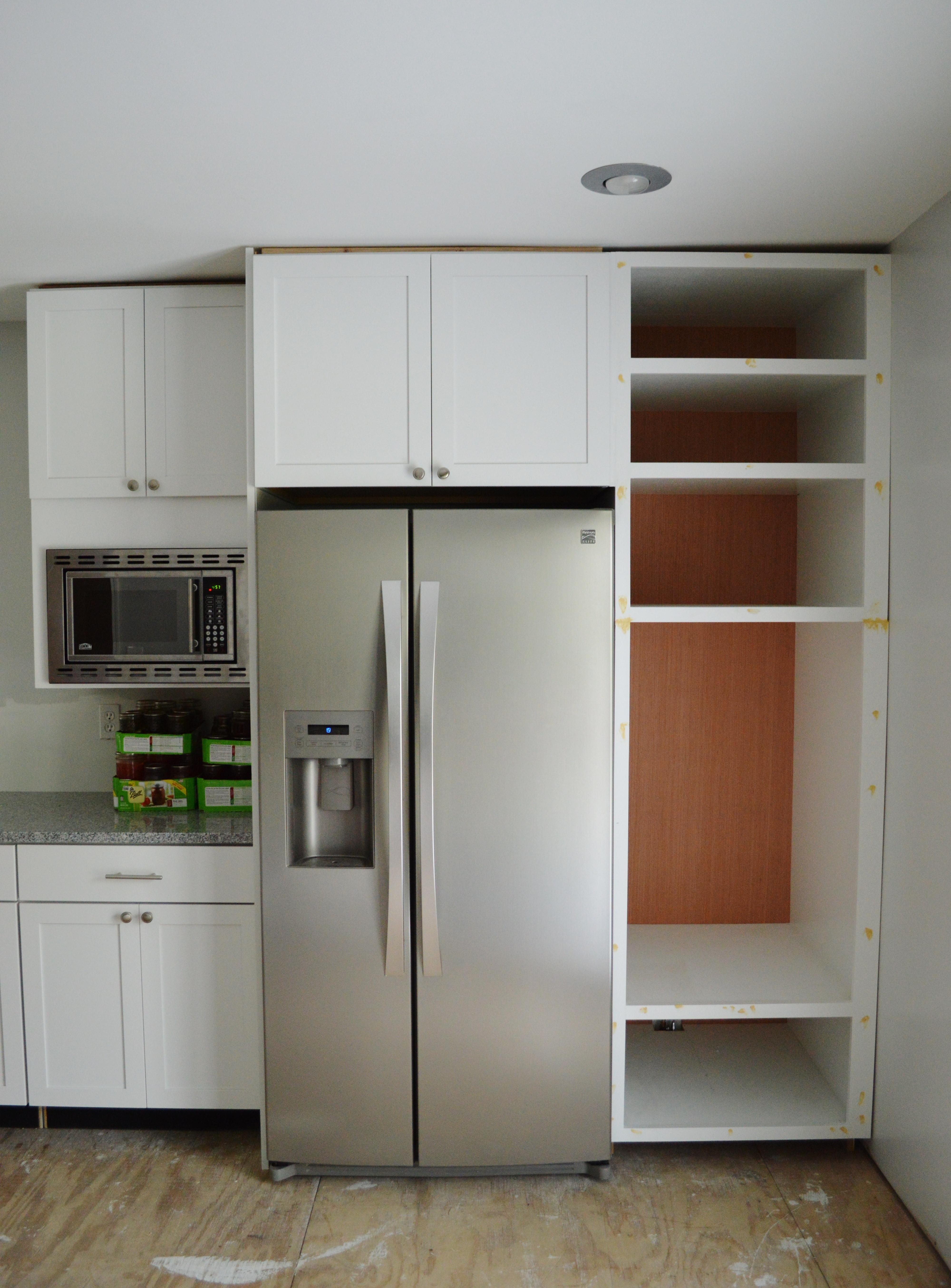 Smart White Painted Wood Kitchen Cabinet Built