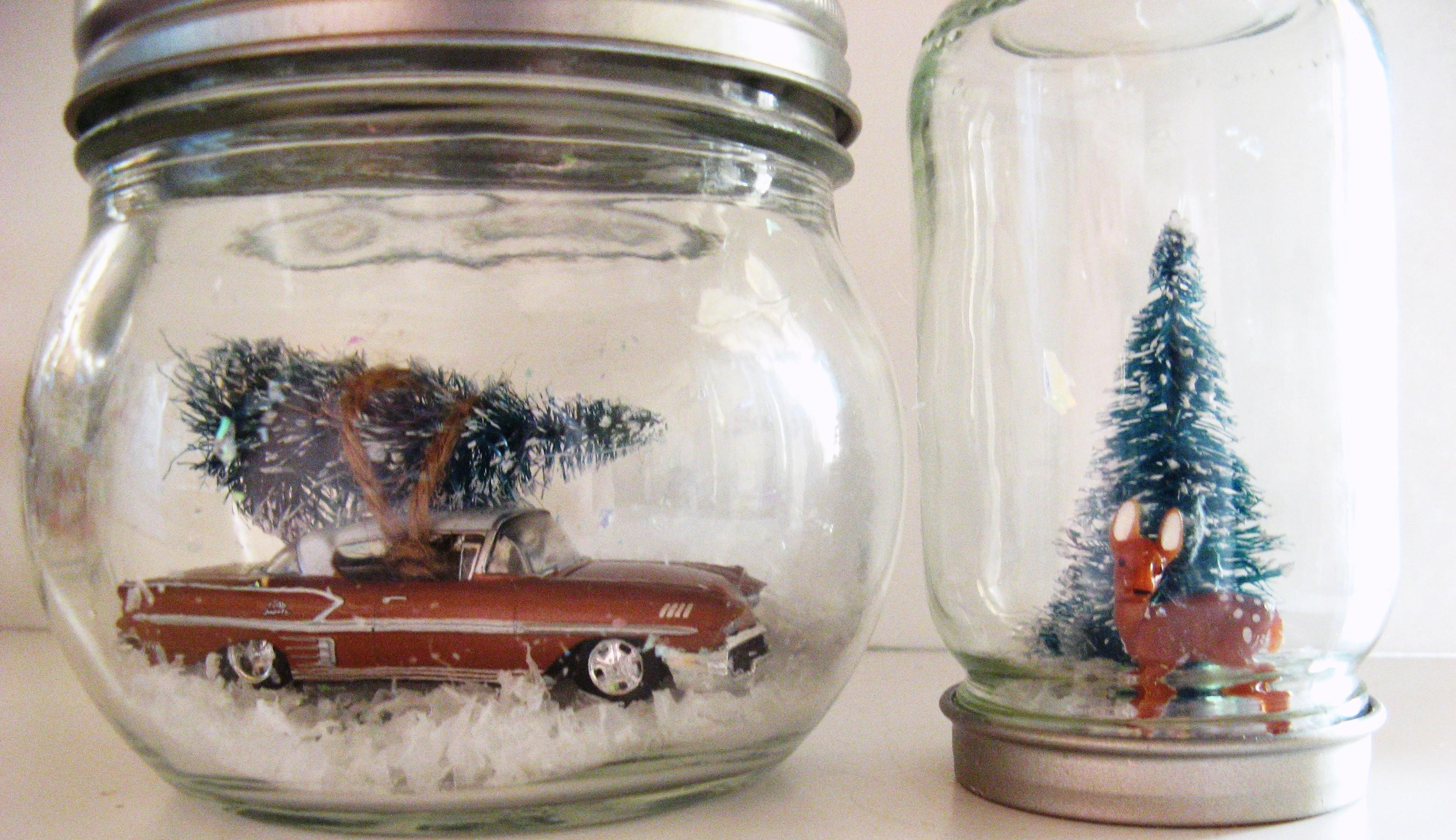 Snow Globe Ornaments Somewhere Middle