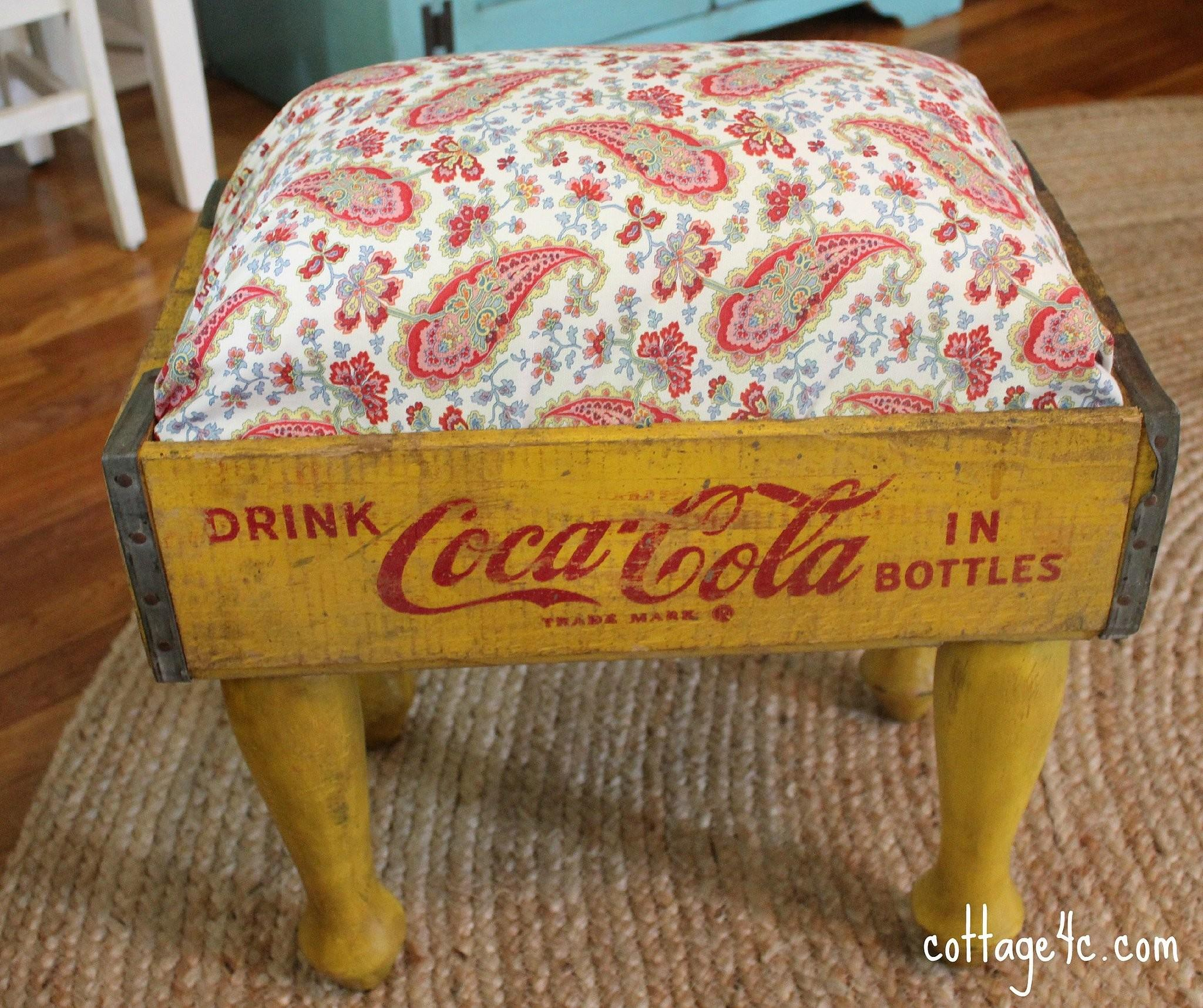 Soda Crate Footstool 221 Upcycling Ideas Blow