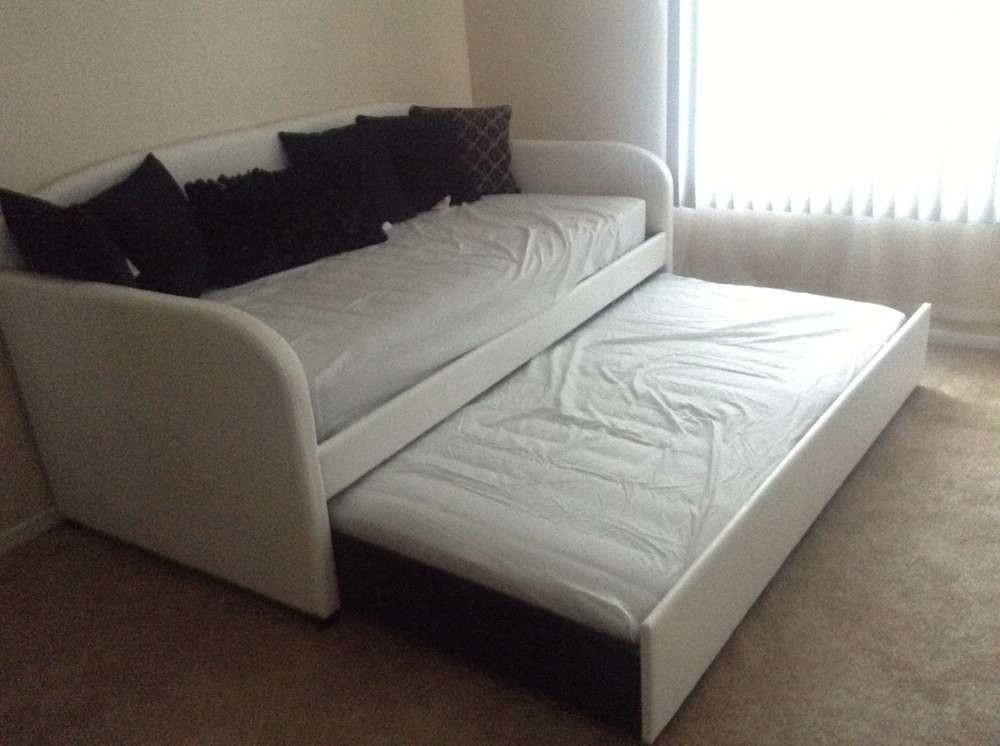 Sofa Trundle Bed Amazing Couch Your