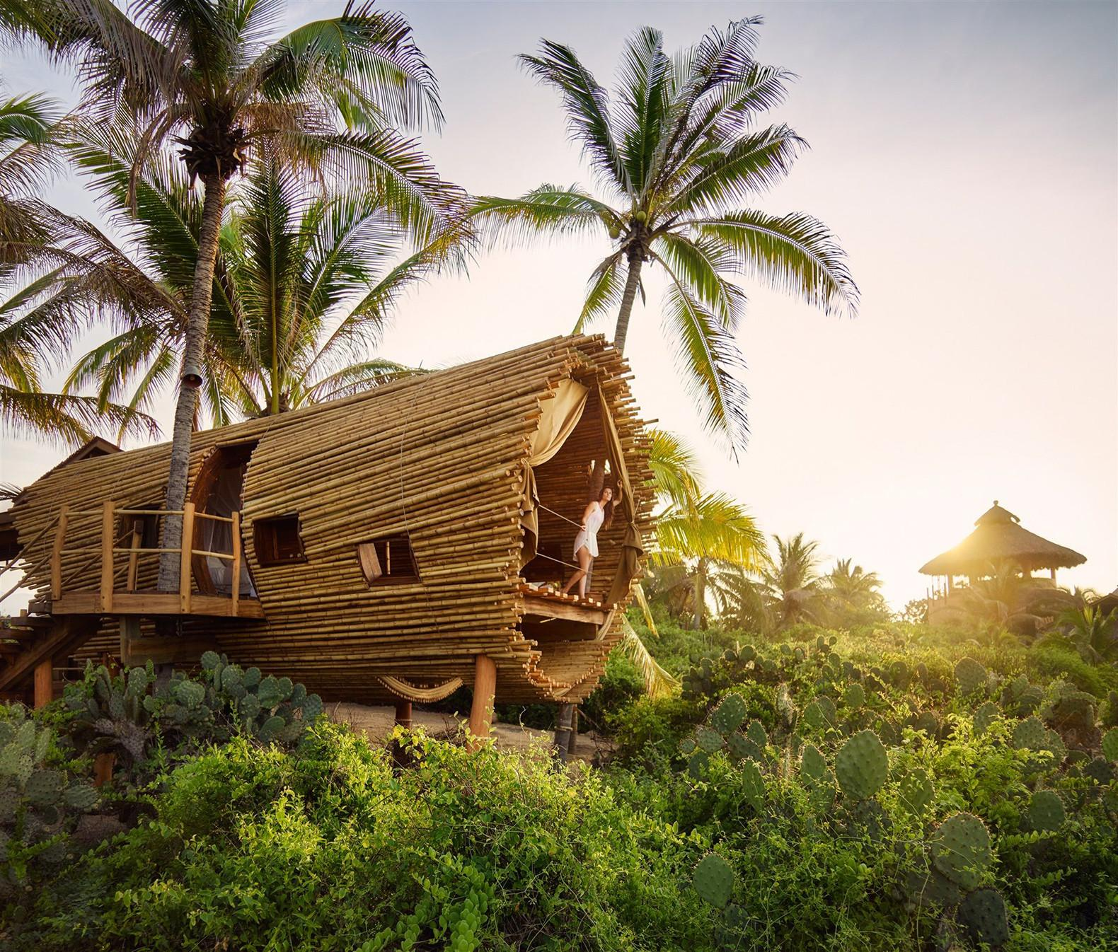 Solar Powered Cylindrical Treehouse Mexico Made
