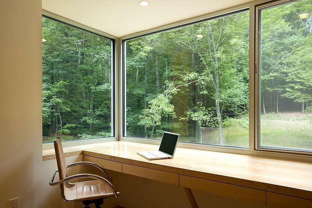 Space Savvy Home Offices Utilize Their Corner