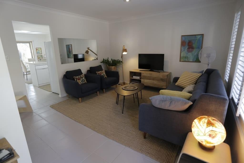 Spacious Townhouse Red Hill Townhouses Rent