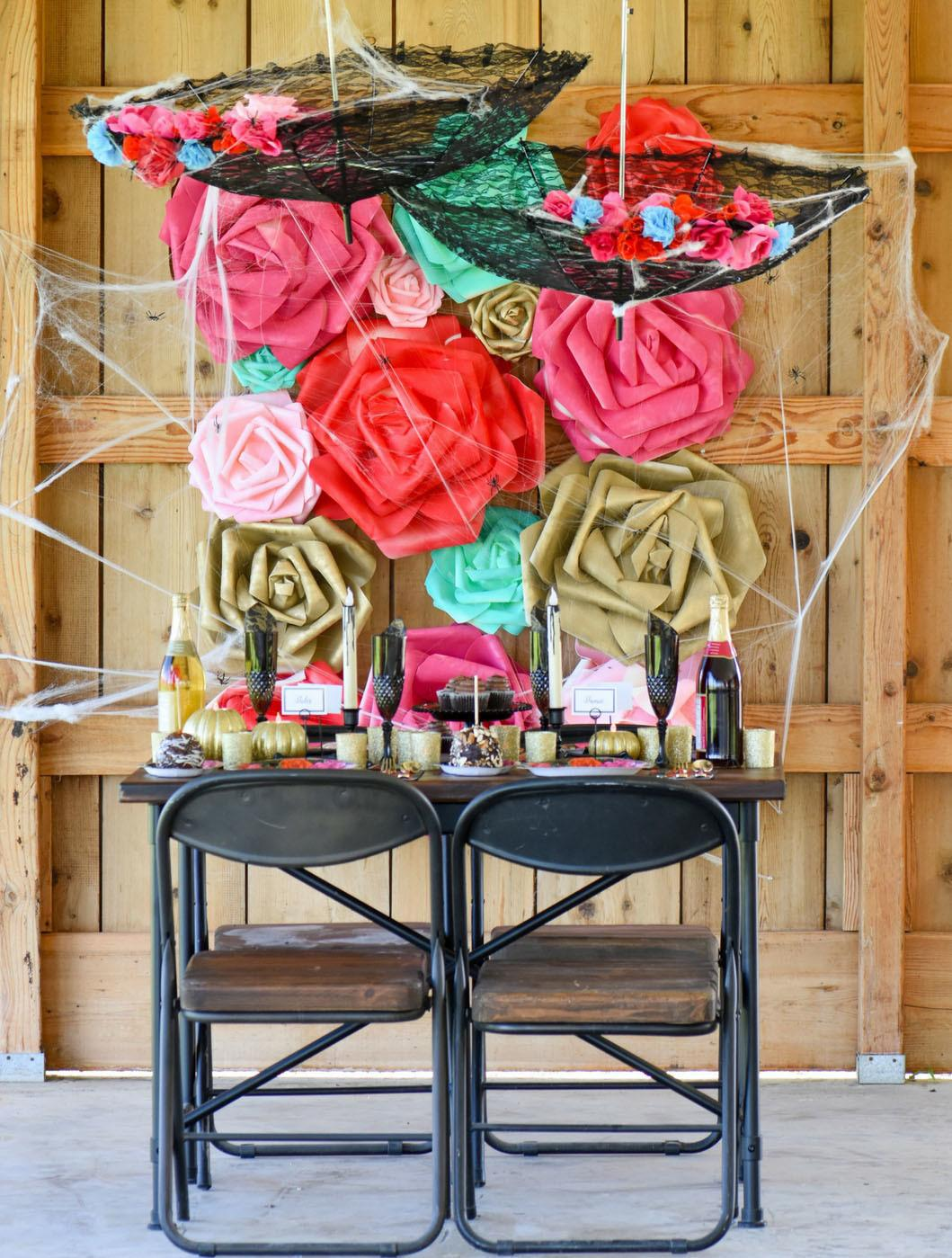 Spooky Floral Halloween Tablescape
