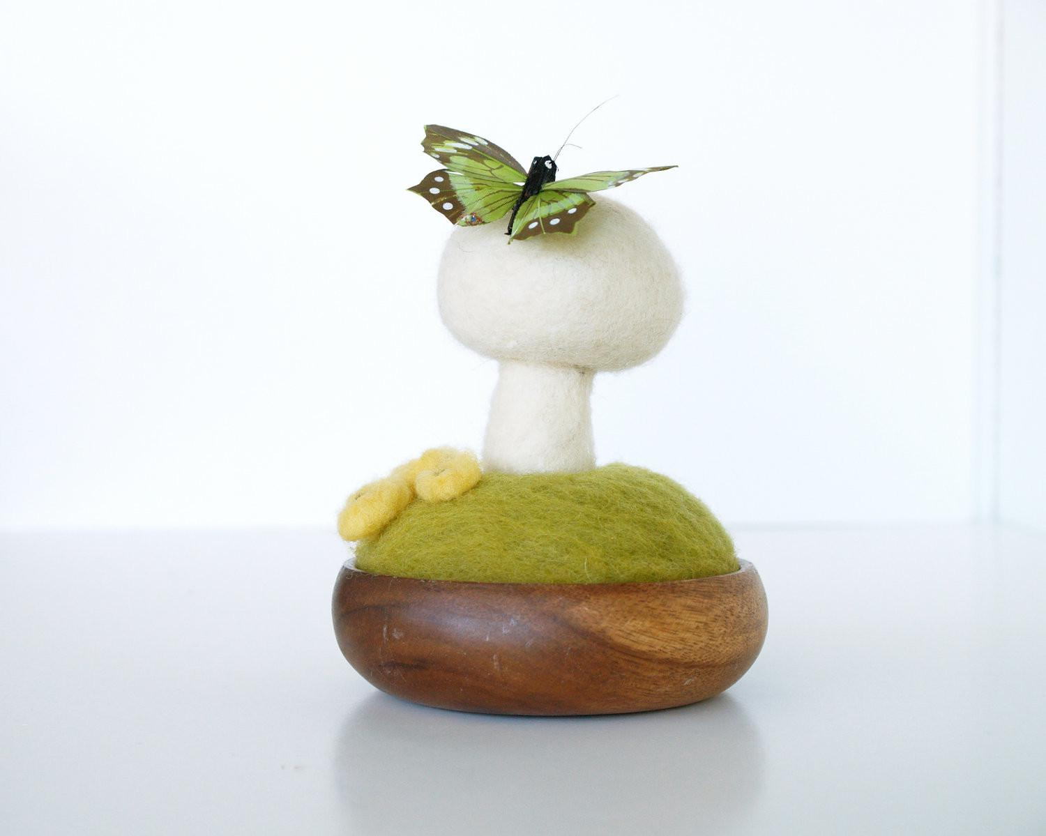 Spring Terrarium Needle Felted Garden Decoration Wool