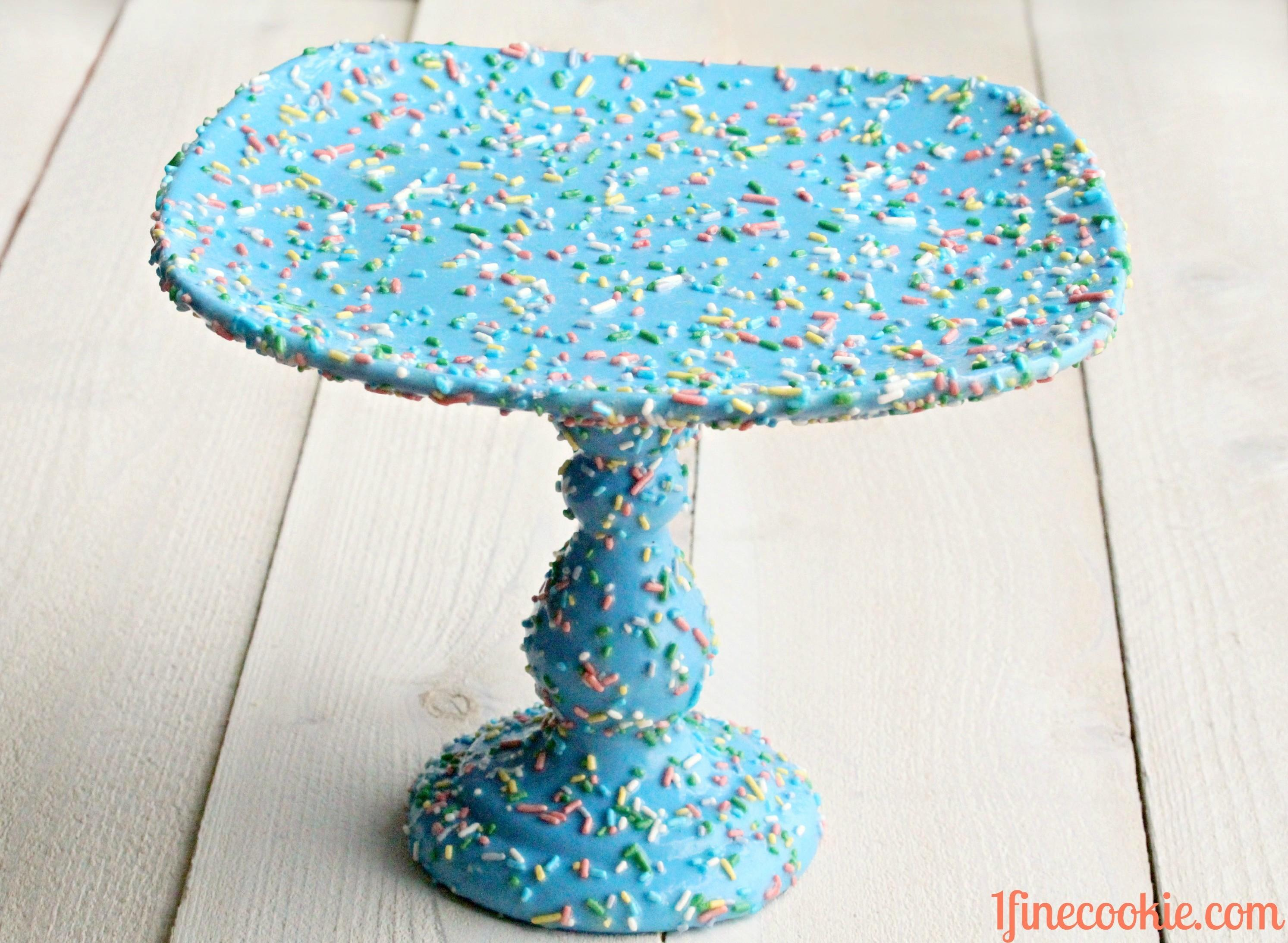 Sprinkle Cake Stand Fine Cookie