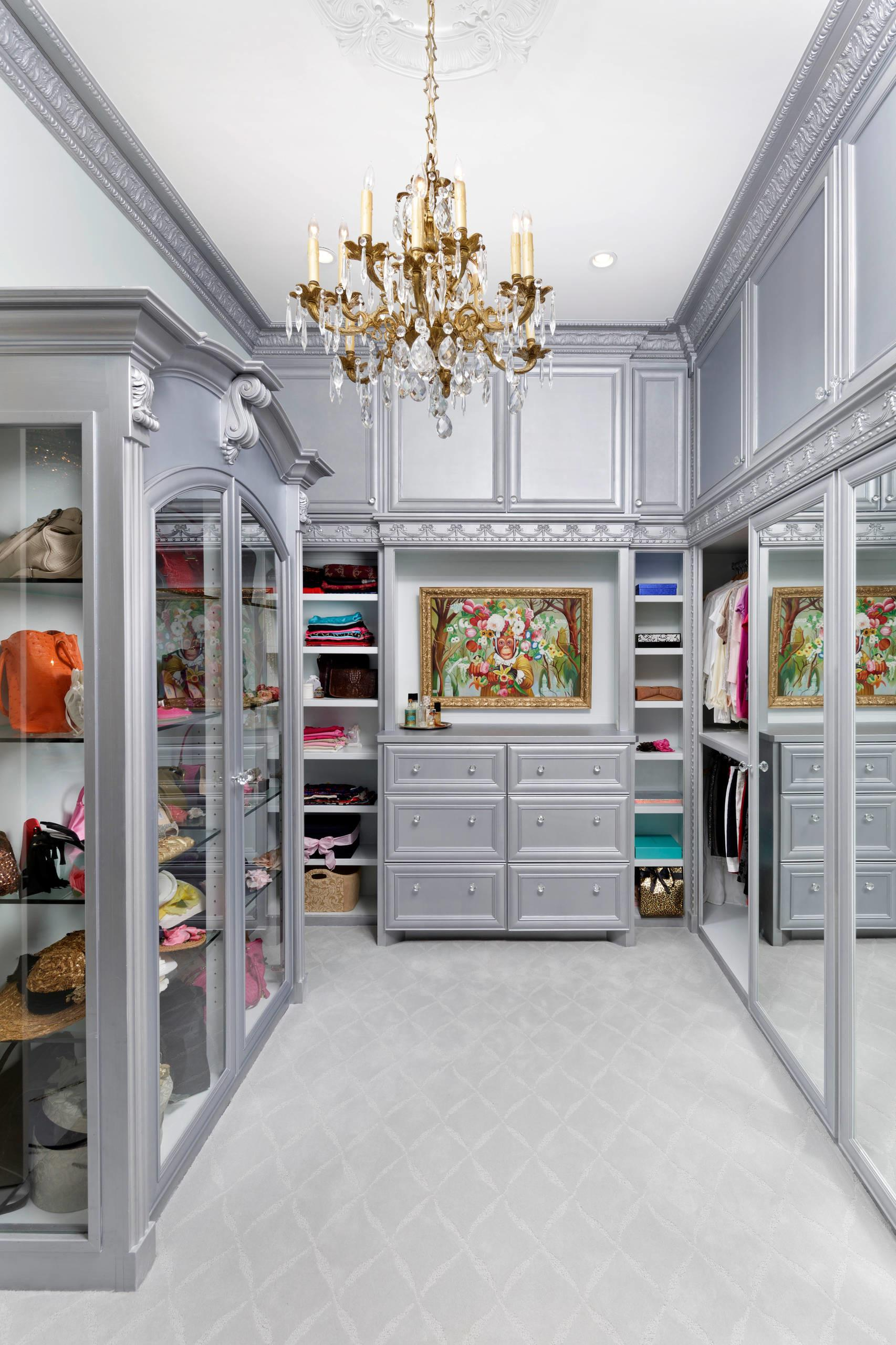 Steps Your Own Kylie Jenner Inspired Glam Room