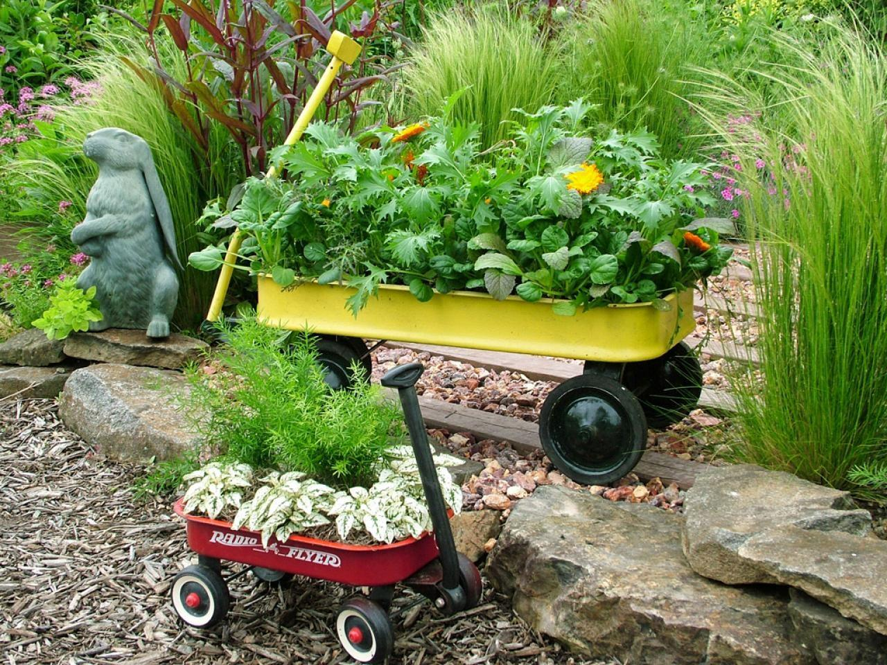 Stunning Low Budget Container Gardens Landscaping Ideas