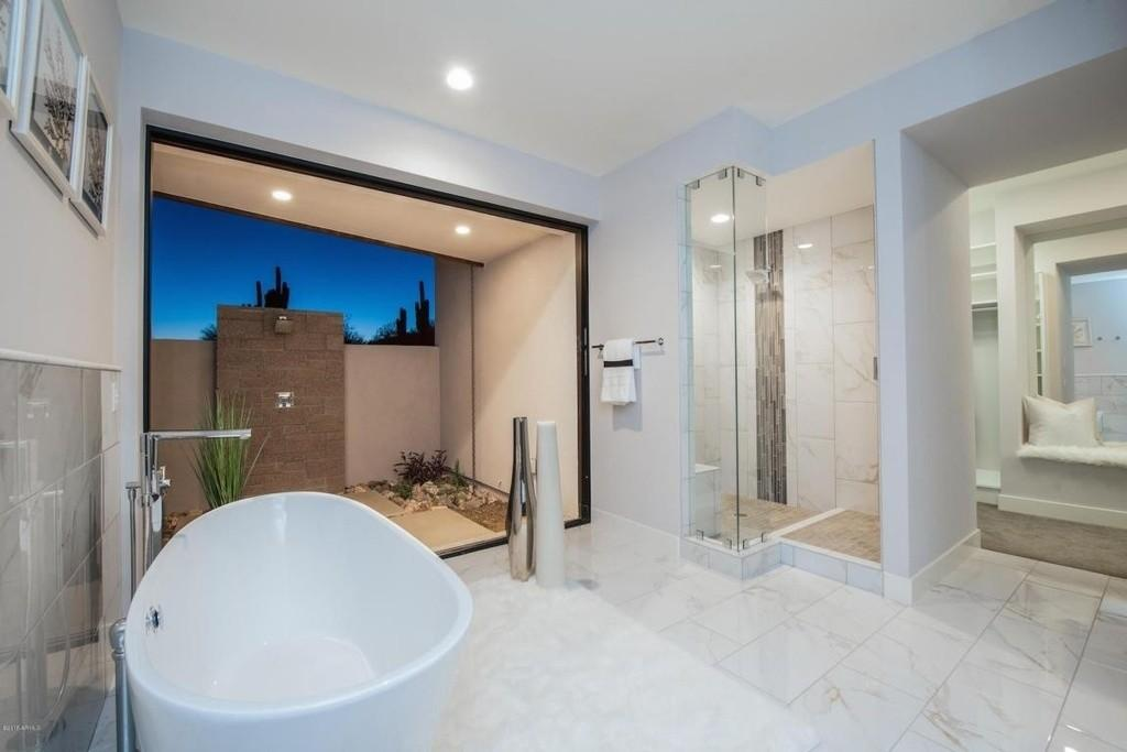 Stunning Luxury Bathrooms Incredible Views