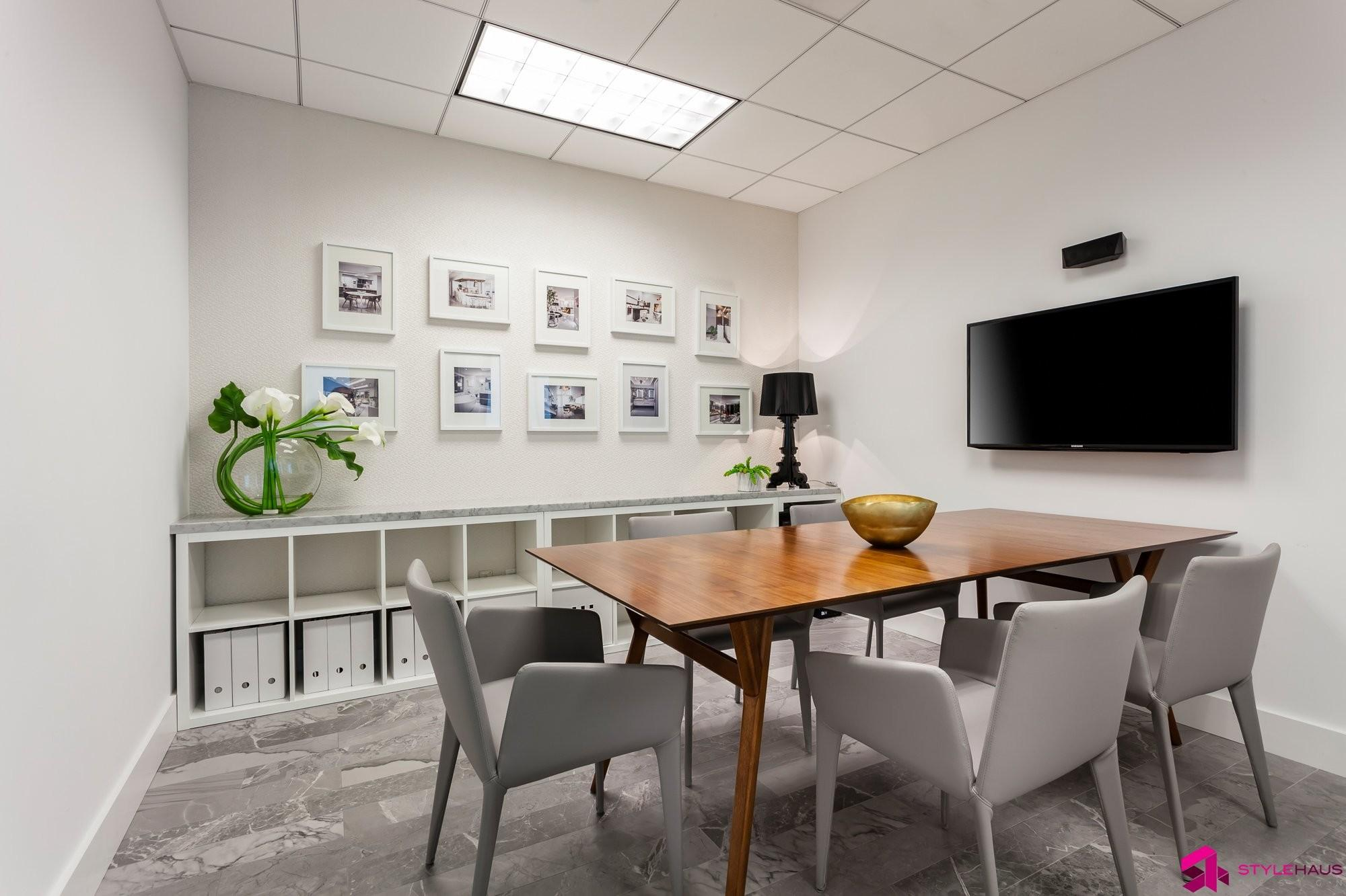 Stylehaus Interior Design Bright Modern Office