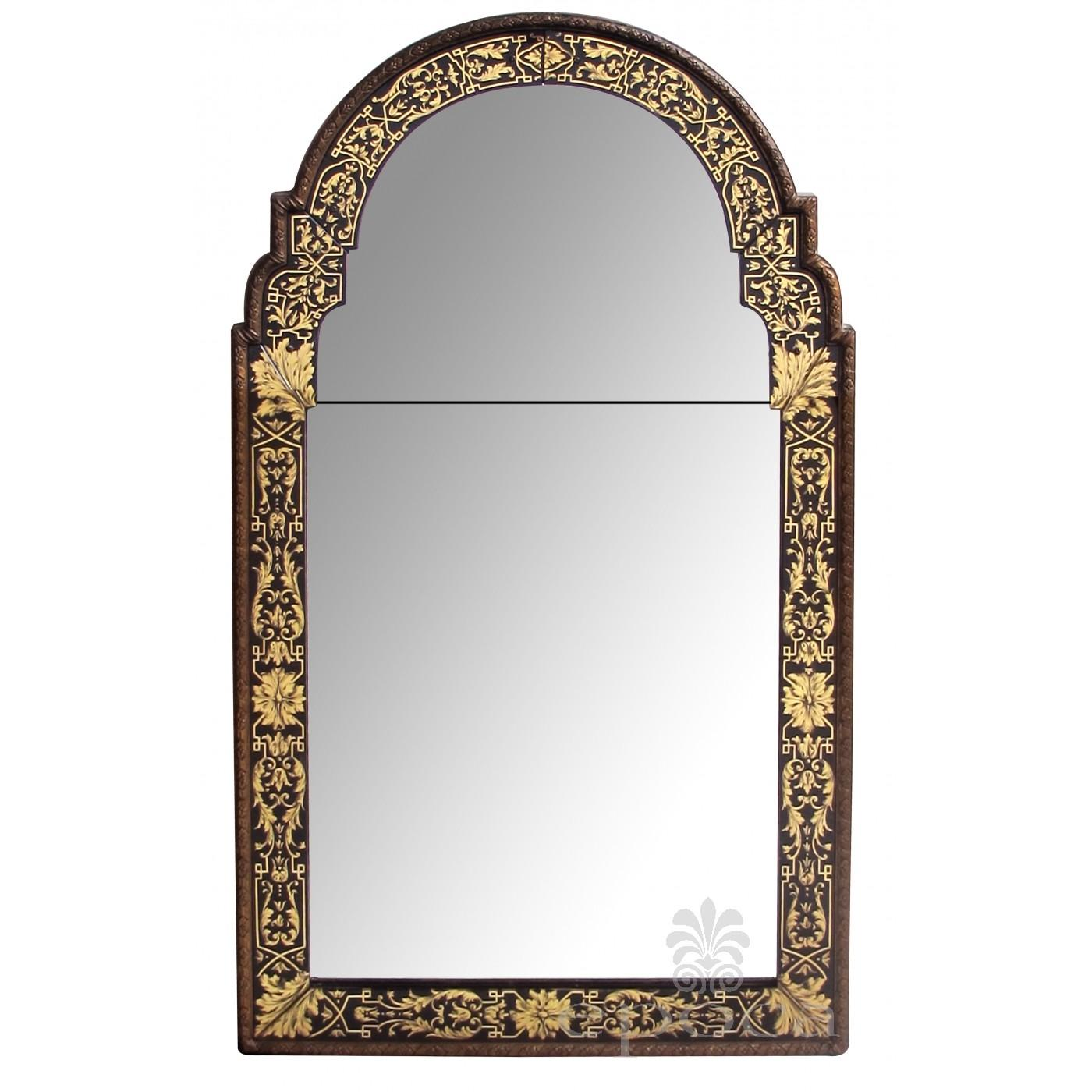 Stylish Italian Queen Anne Style Eglomise Mirror