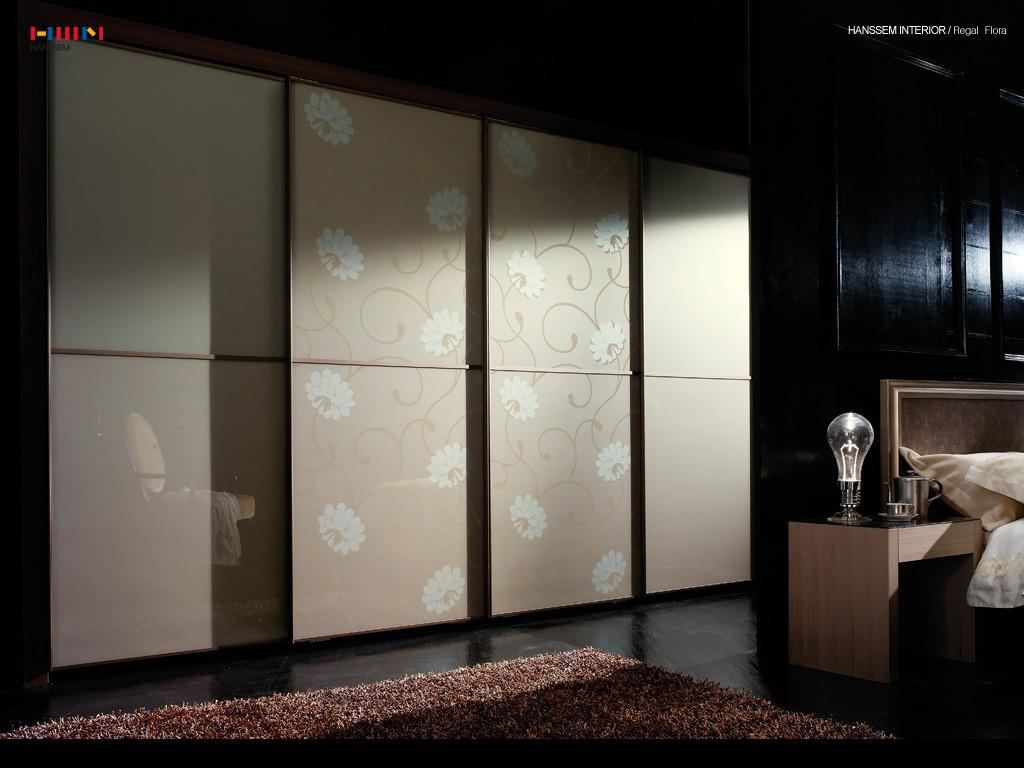 Stylish Sliding Door Wardrobe