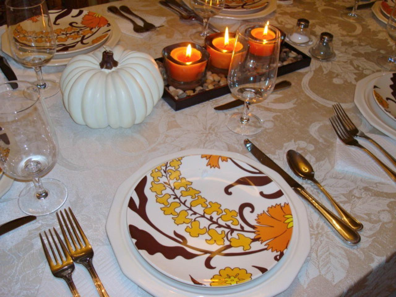 Stylish Thanksgiving Table Settings Entertaining