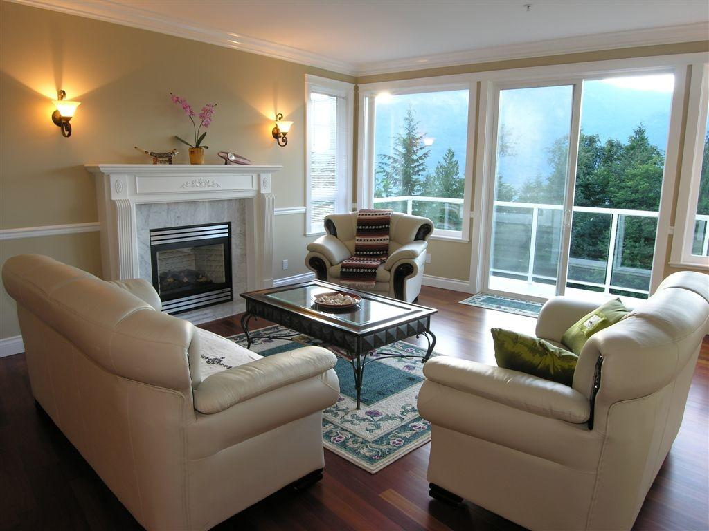 Stylishly Comfortable Living Room Ideas Tips Must