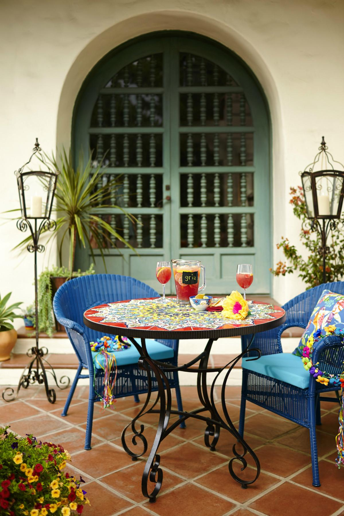 Summer 2017 Outdoor Decor Trends Look Out