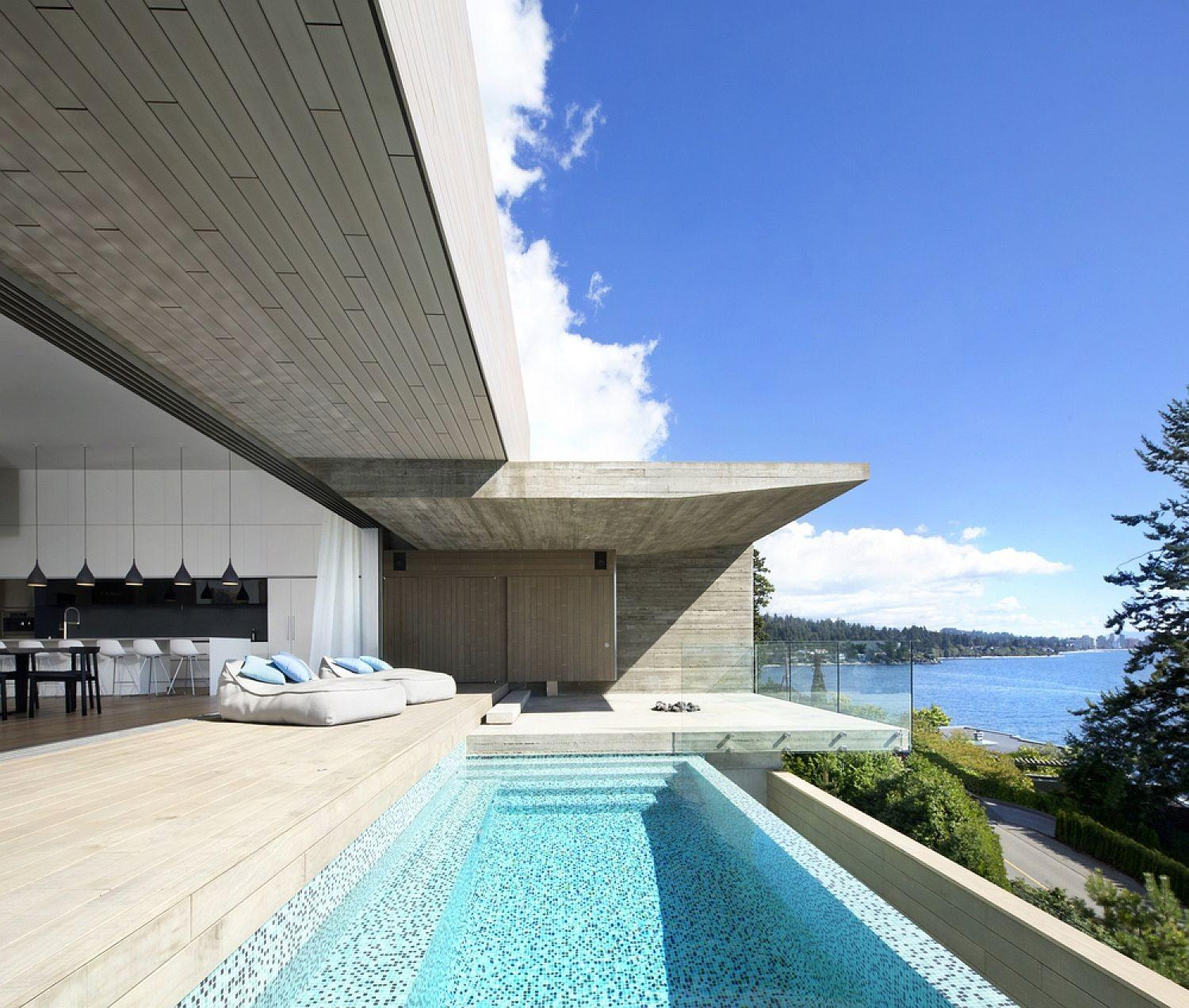 Sunset House Exhilarating Ocean Views Laced