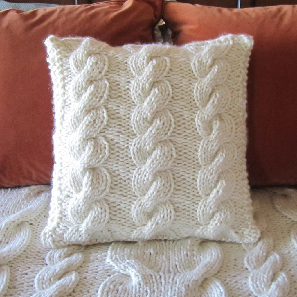 Super Chunky Cable Pillow Cover Ladyshipdesigns