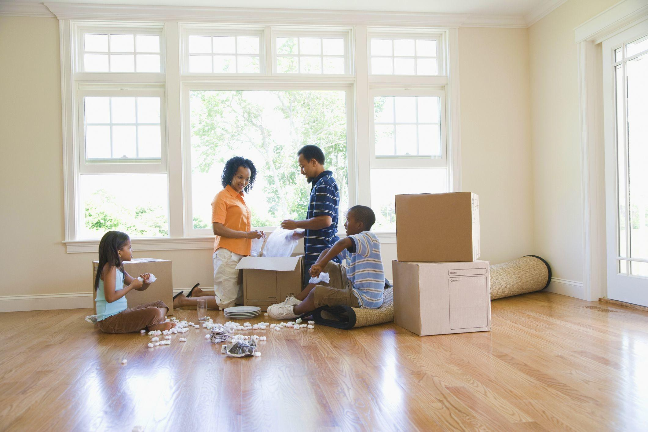 Survive Moving Day Without Back Injury