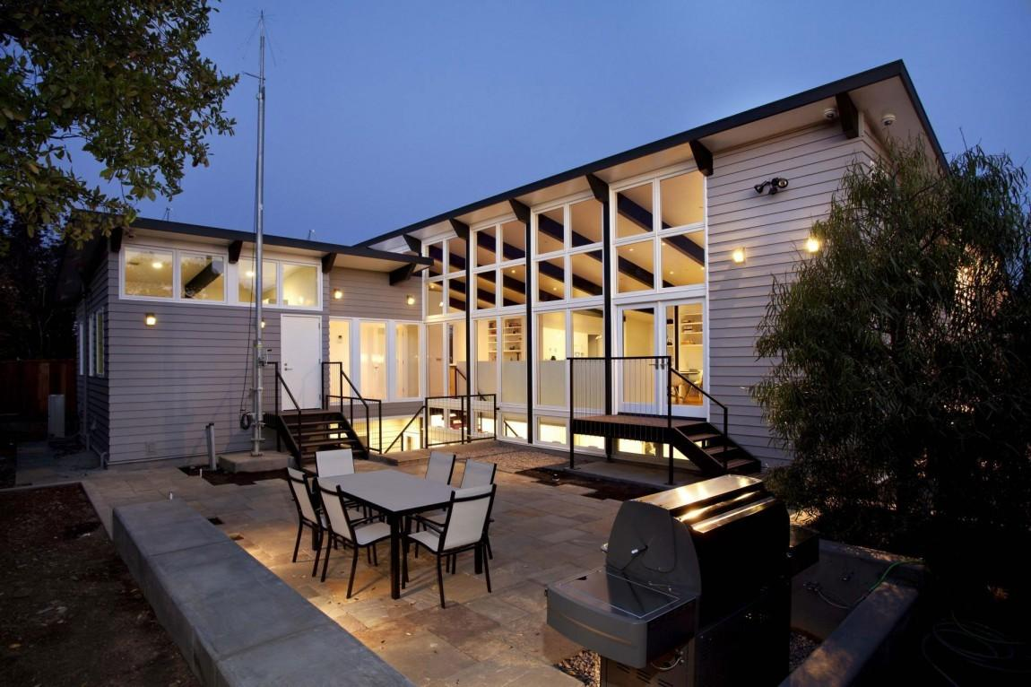 Sustainable Home Brightly Decorated Zero Energy