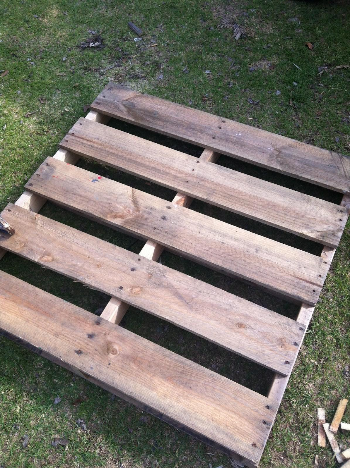 Sustainable Living Diy Pallet Bench Seat Step ...