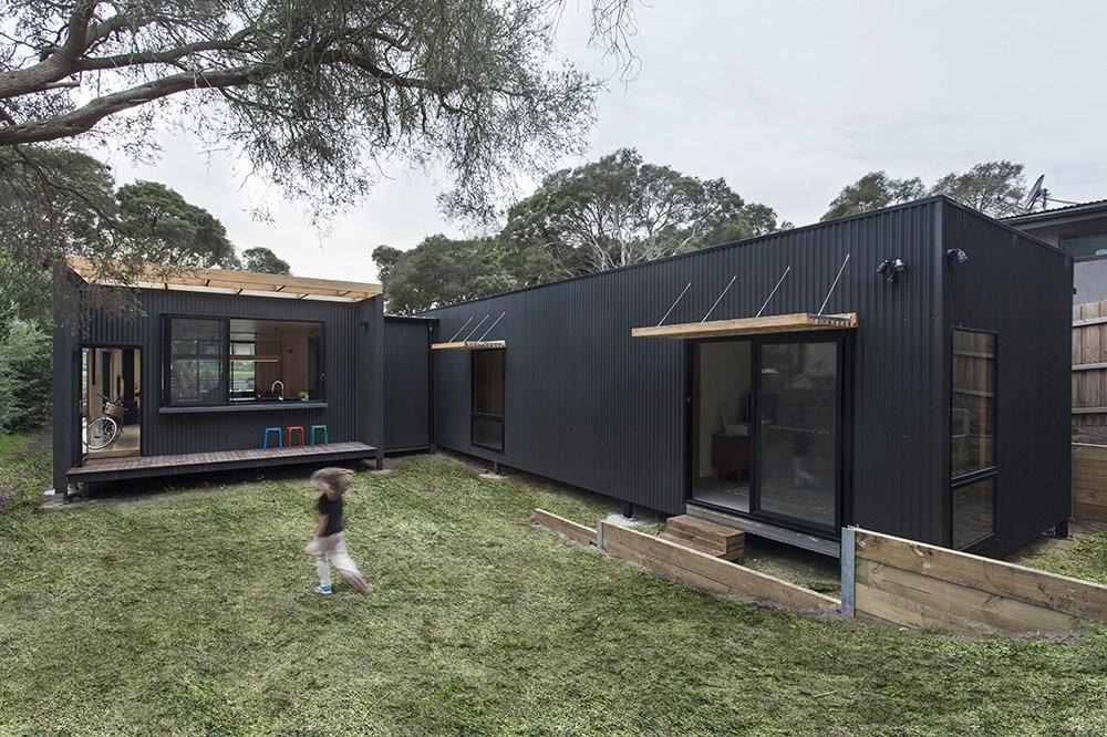 Sustainable Prefab Beach House Blairgowrie