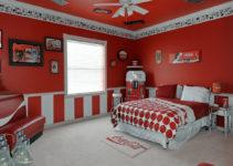 Sweet Escape Vacation Rental Coca Cola Bedroom