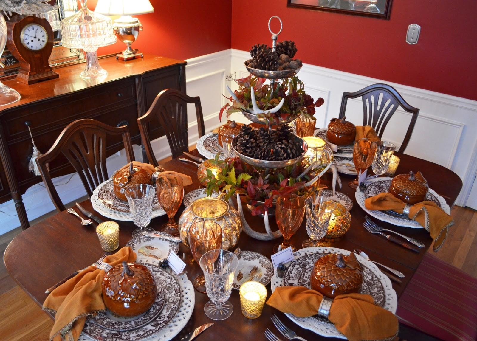Thanksgiving Table Setting Nature Themed Centepiece