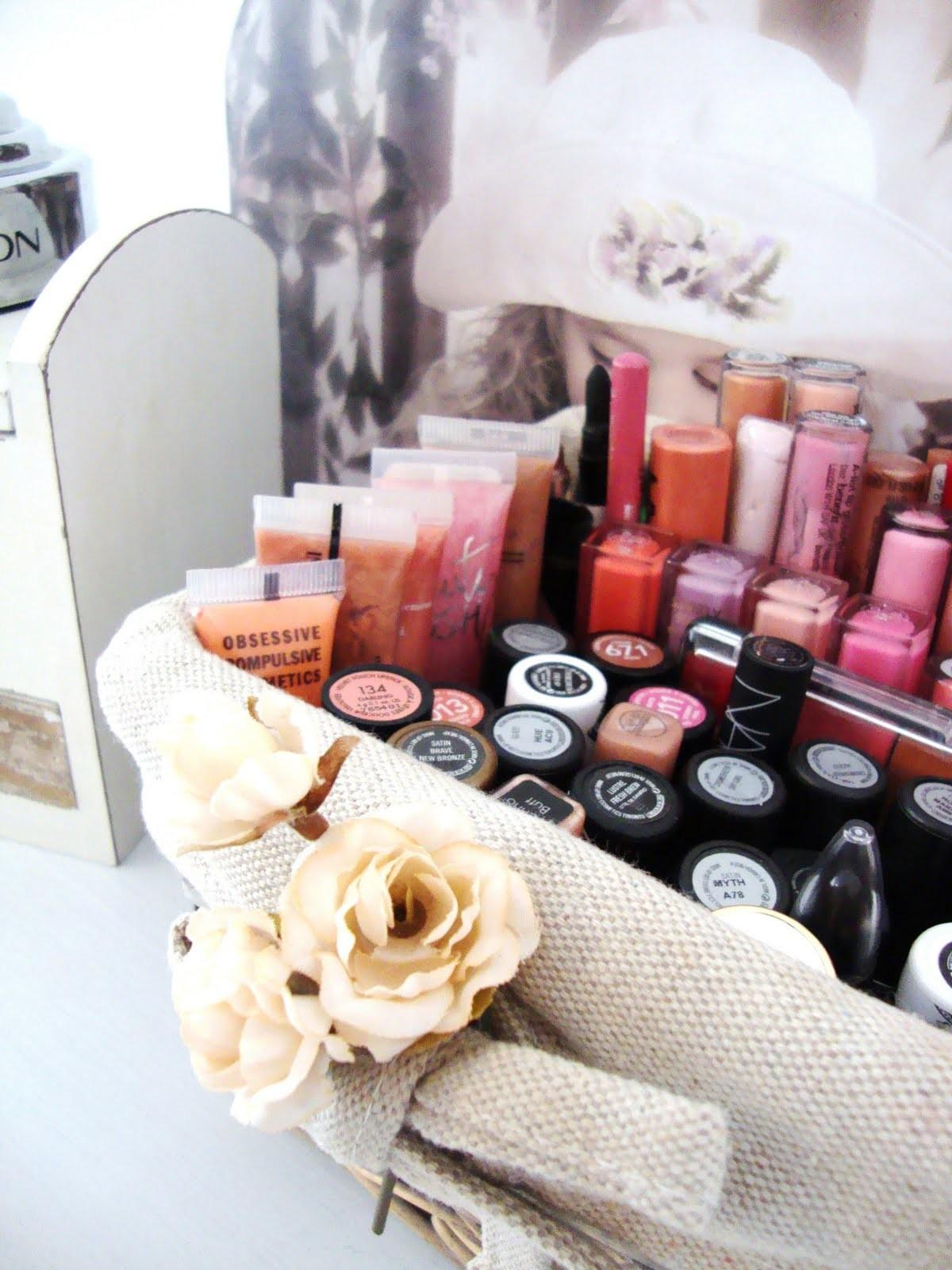 These Diy Makeup Storage Ideas Have Your Vanity