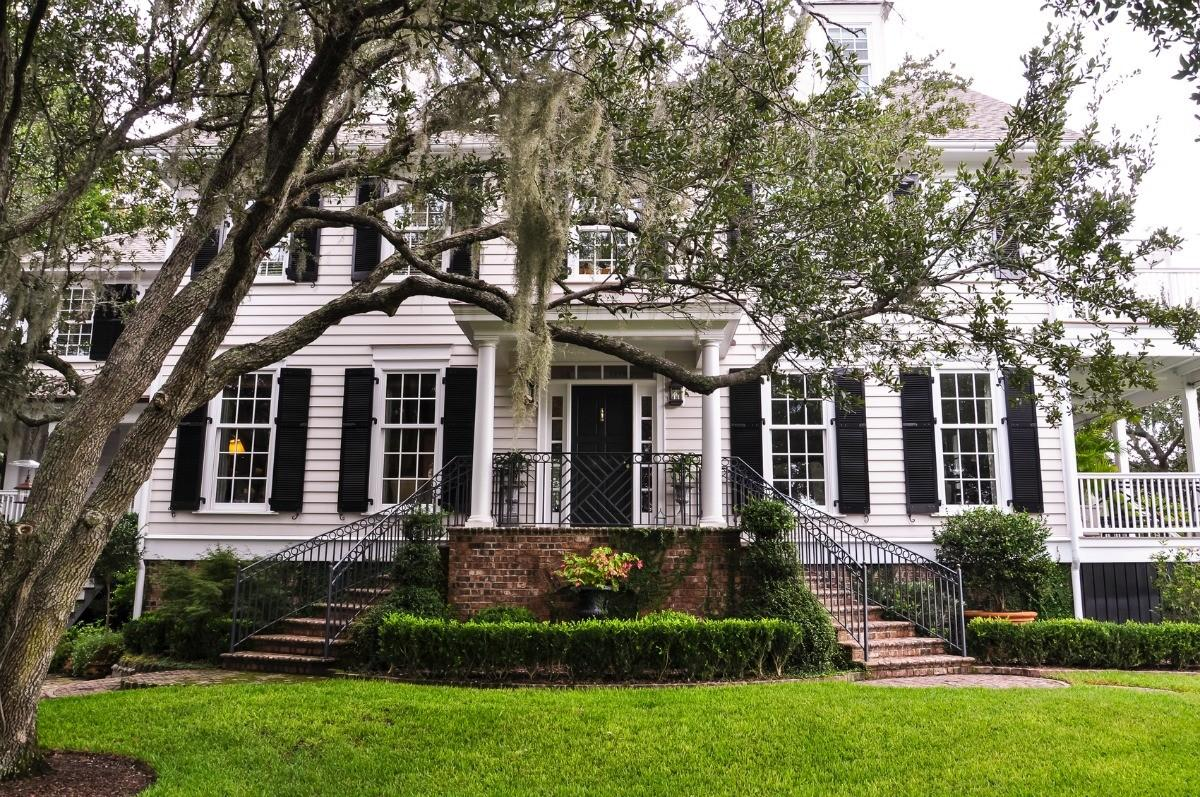 Things Need Know Before Buying Historic Home