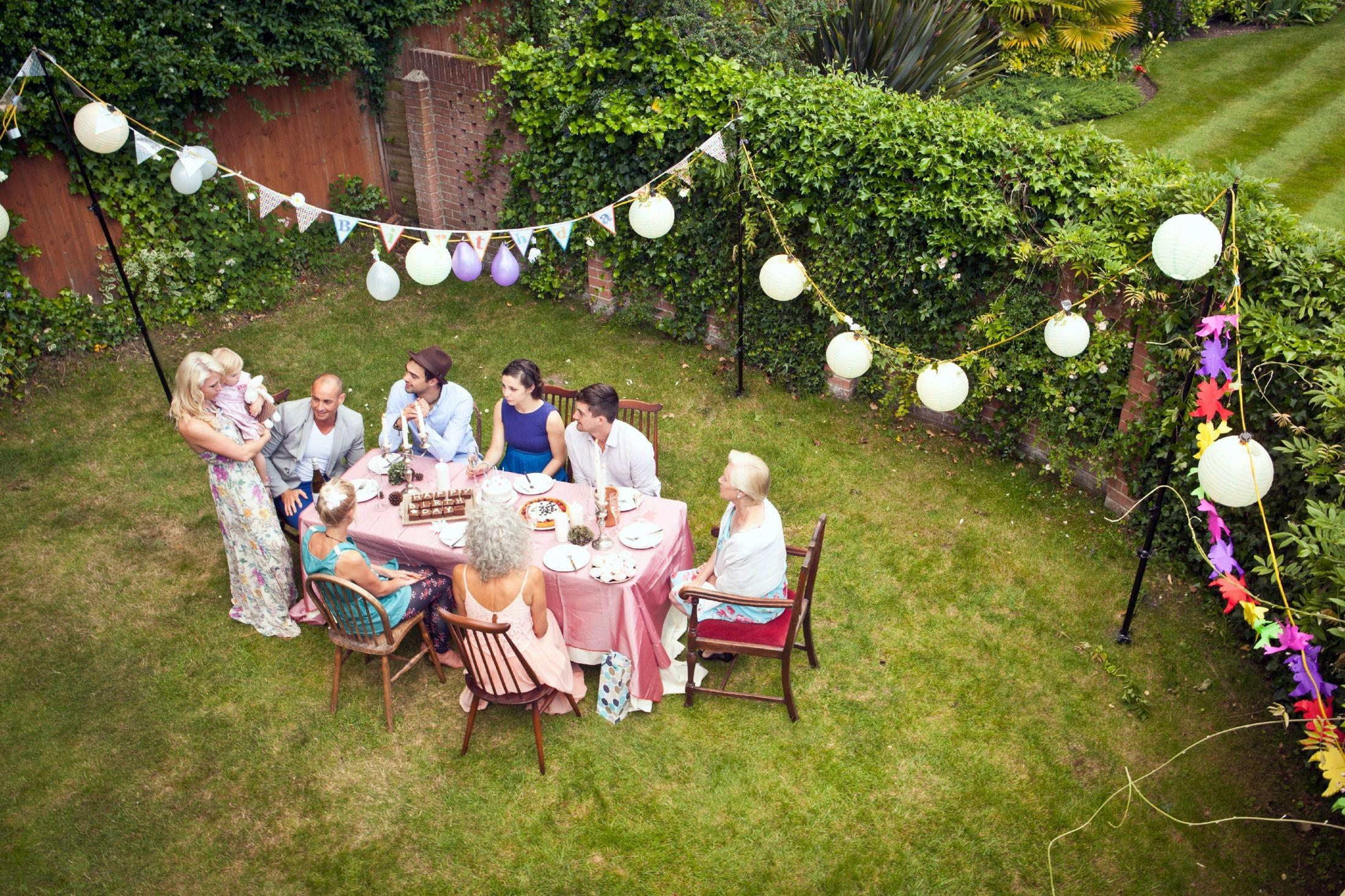 Throw Inexpensive Outdoor Party
