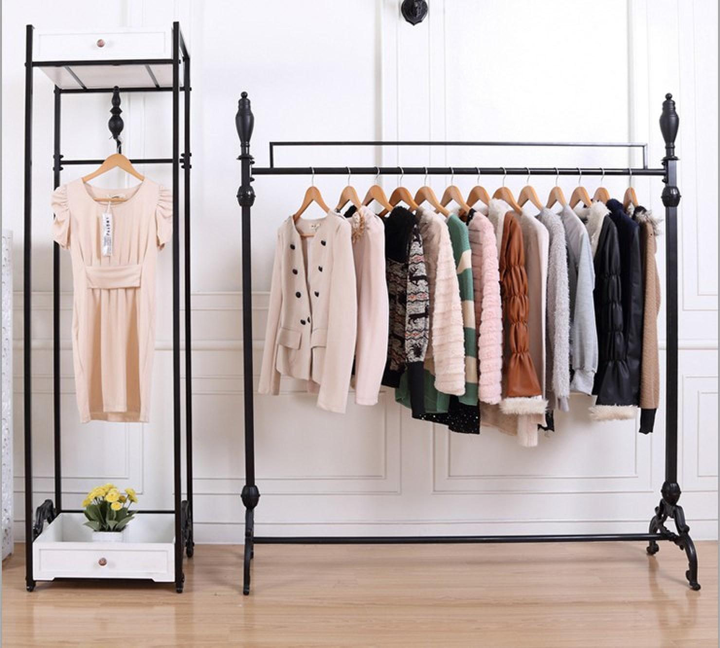 Tips Creating Capsule Wardrobe Collection Girls