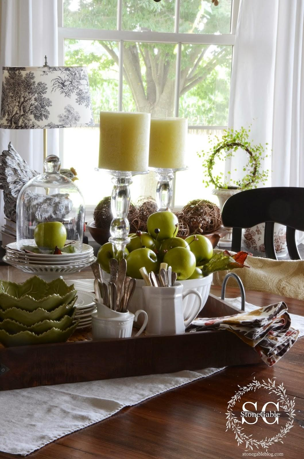 Tips Creating Kitchen Table Vignette Interior