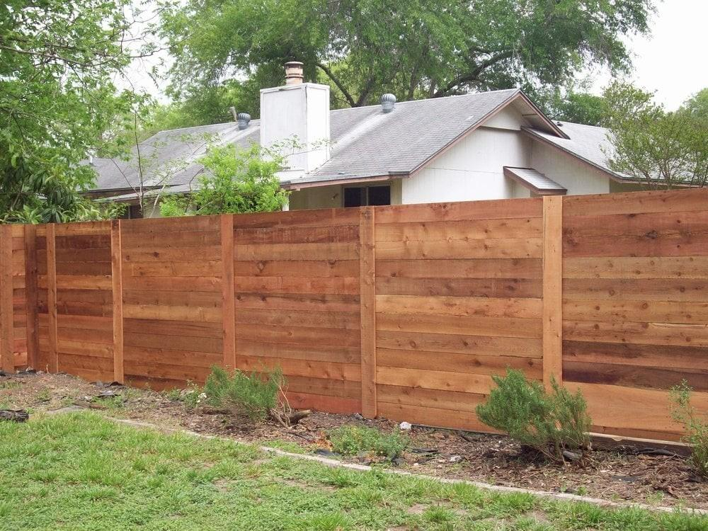 Tips Installing Horizontal Privacy Fence Backyard