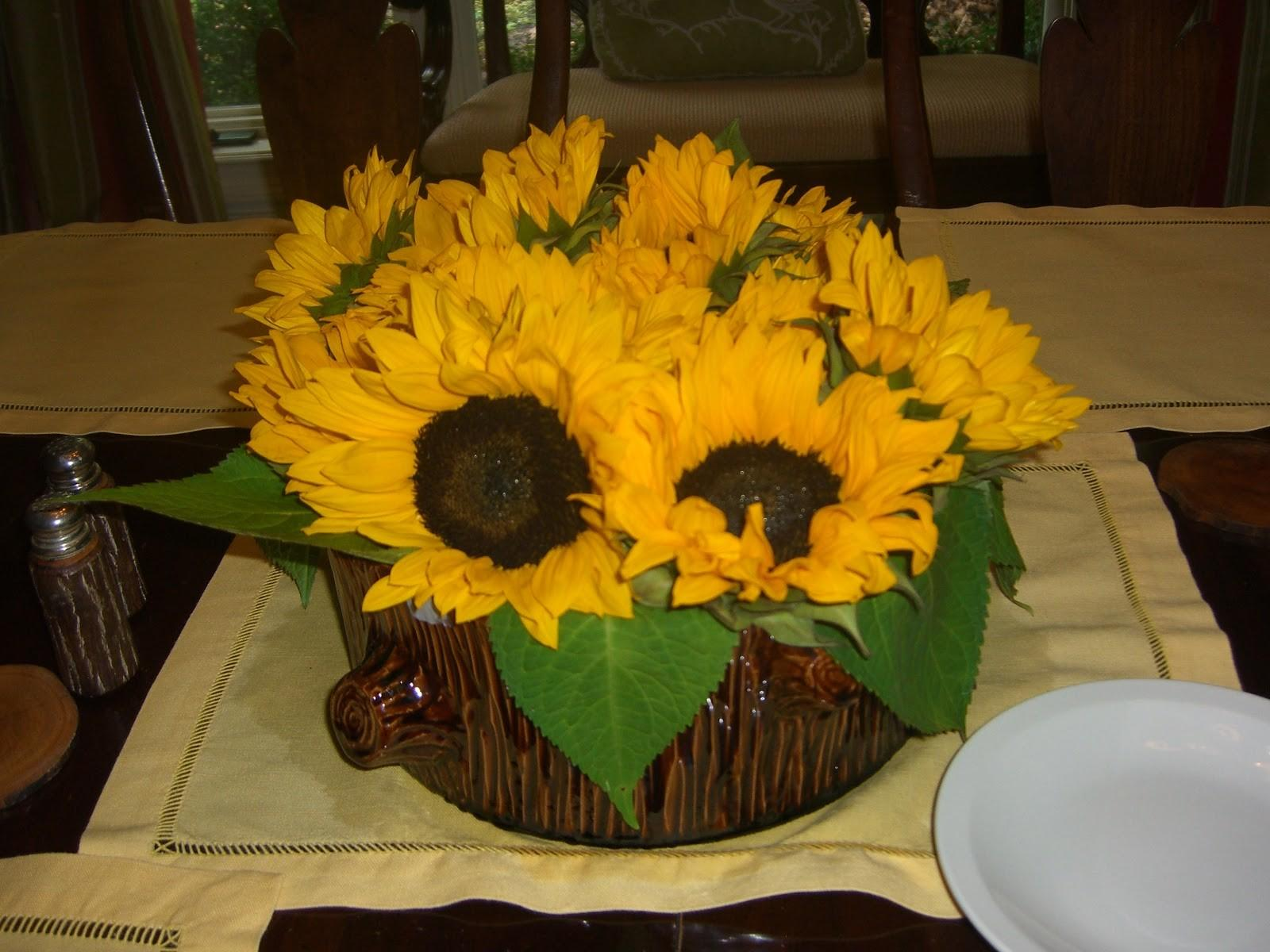 Toile Tale Brown Yellow Sunflowers