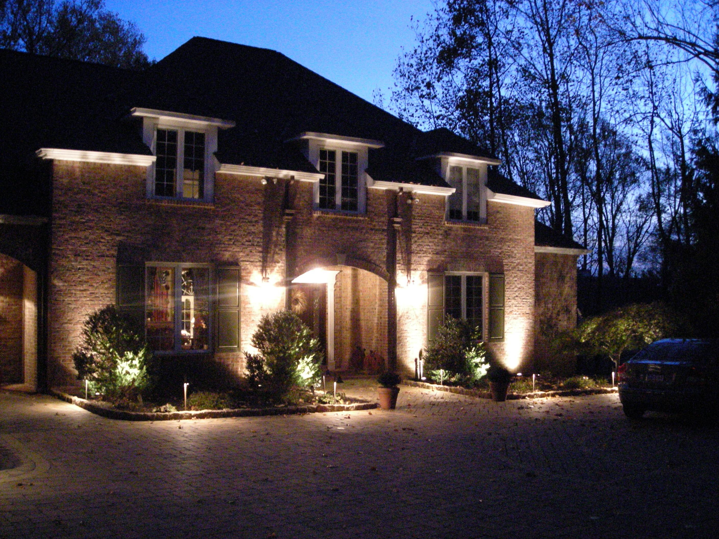 Top Landscape Lighting Ideas Front Yard