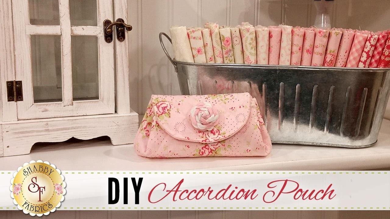 Top Shabby Fabrics Accordion Pouch Chic