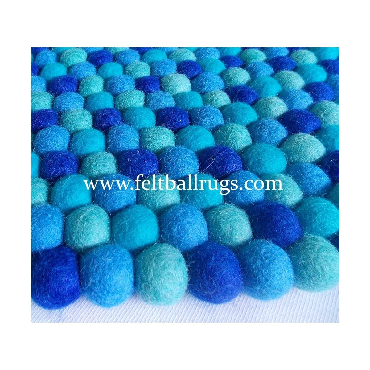Torquoise Blue Color Round Rug Felt Ball Rugs