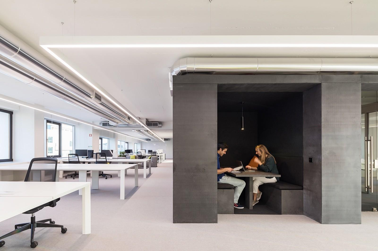Tour Seedrs Elegant New Lisbon Office Officelovin