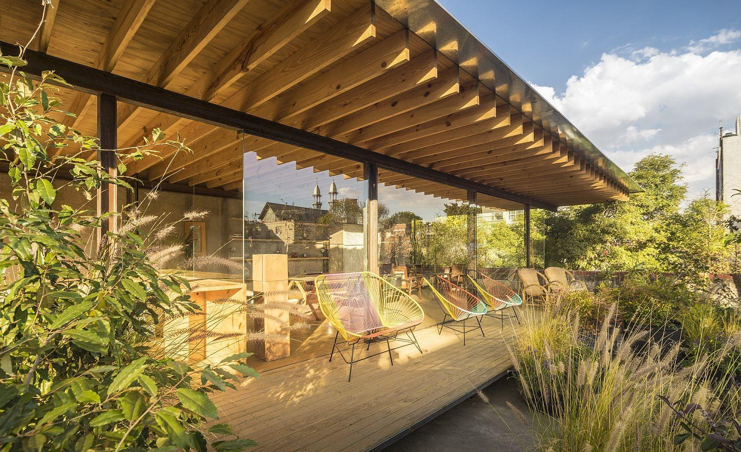 Transformed House Mexico City Combines Art Green