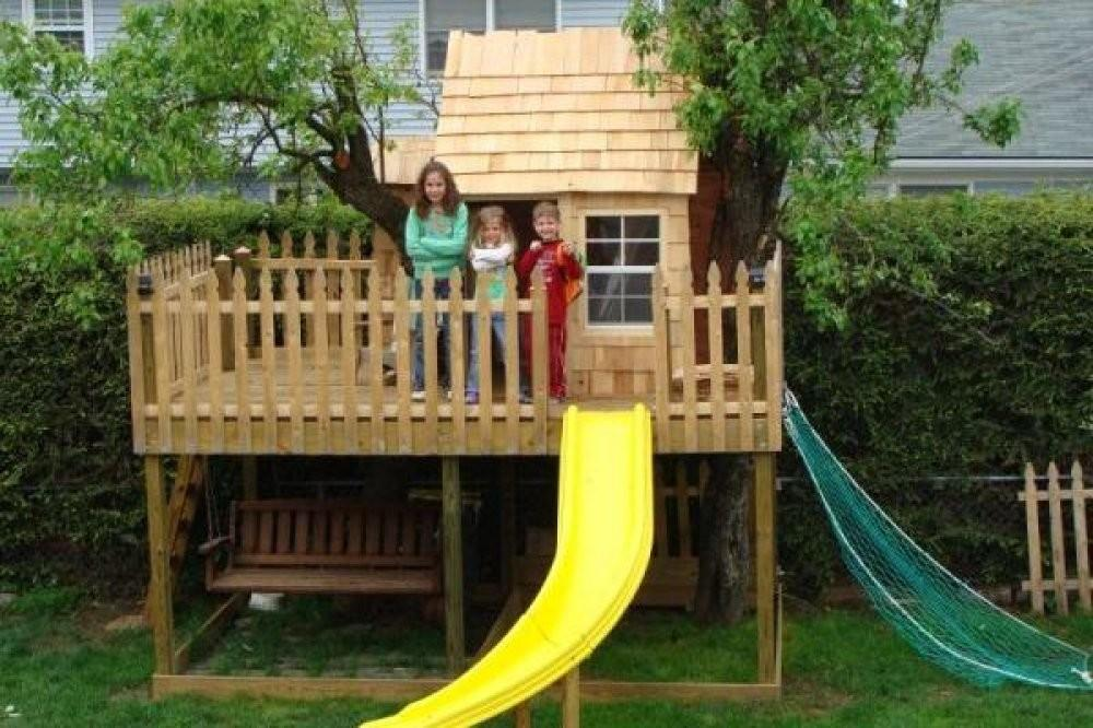 Tree Houses Kids Playhouse Has Curve