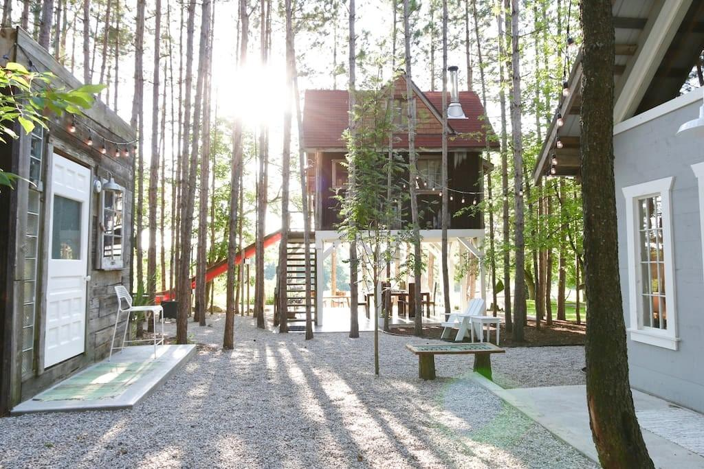 Treehouse Retreat Cabin Hideaway Treehouses Rent