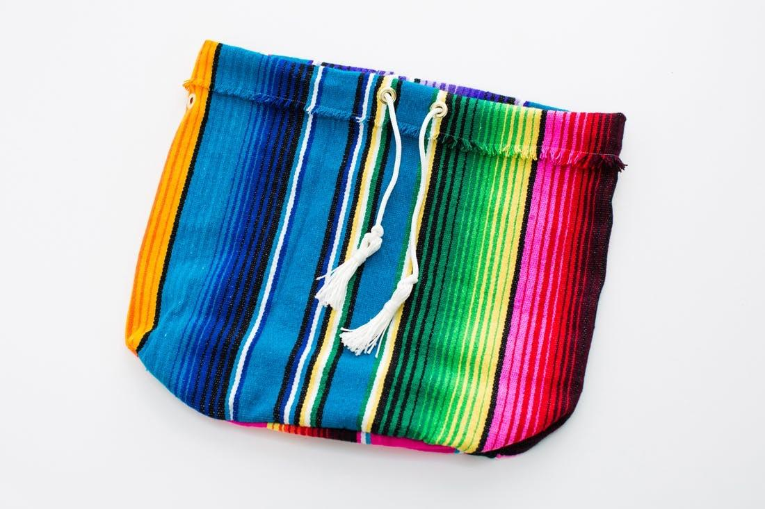 Turn Blanket Into Chic Summer Carry All Brit