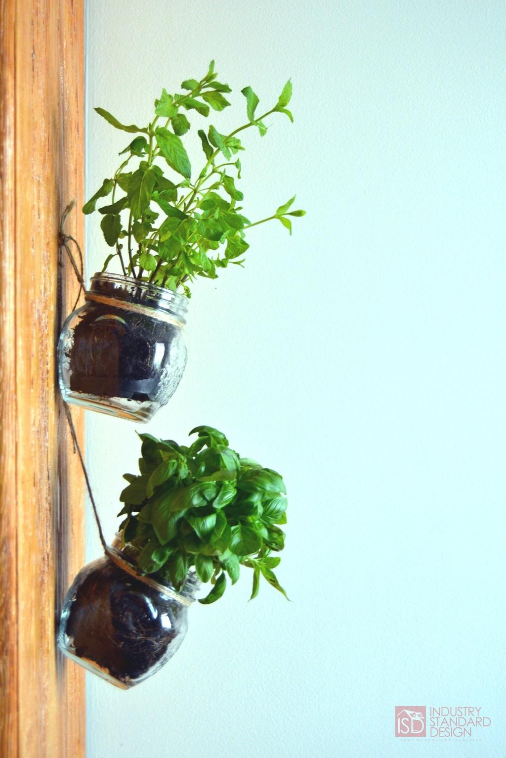 Tutorial Diy Hanging Mason Jar Herb Garden