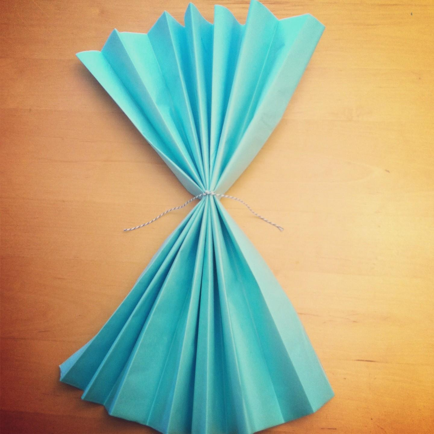 Tutorial Make Diy Giant Tissue Paper Flowers